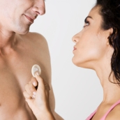 couple-condom-400x400