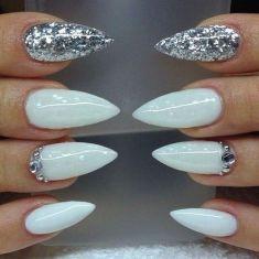 Stiletto tip nail design