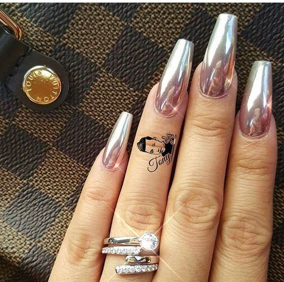 Coffin Nail Mirror Nails