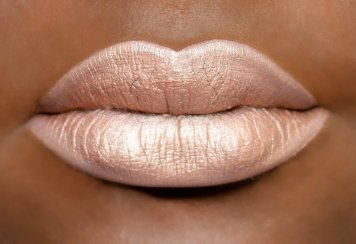 France liquid lippie coloured raine