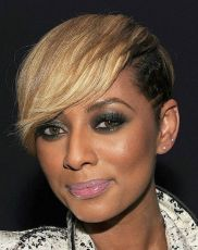 Cute as ever and with a little Edgy on the side Keri Hilson rocks her Pixie