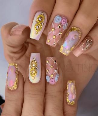 gold princess nail designs