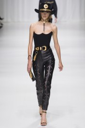 Camille Hurel Versace Ready to wear collection Runway Spring