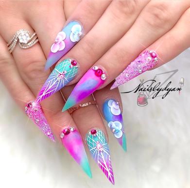 Unicorn color nails