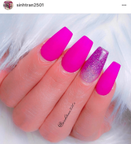 Magenta coffin shaped nails