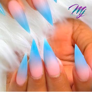 Stiletto ombre nails