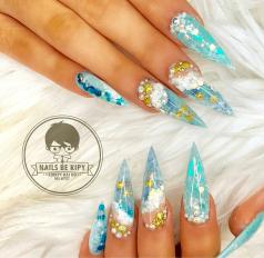 UV Gel Acrylic Stiletto Nail designs