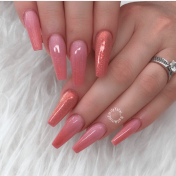 Coffin shaped nail style