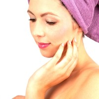 Guest Post: Living & Caring for Oily Skin