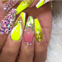 Yellow summer nail designs for this summer