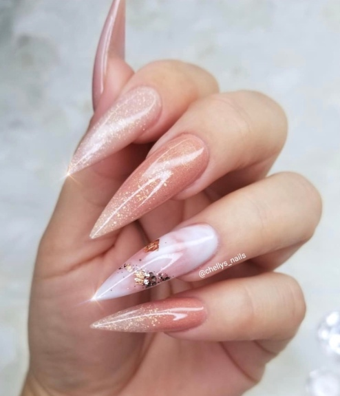 Stiletto snapped nail designs
