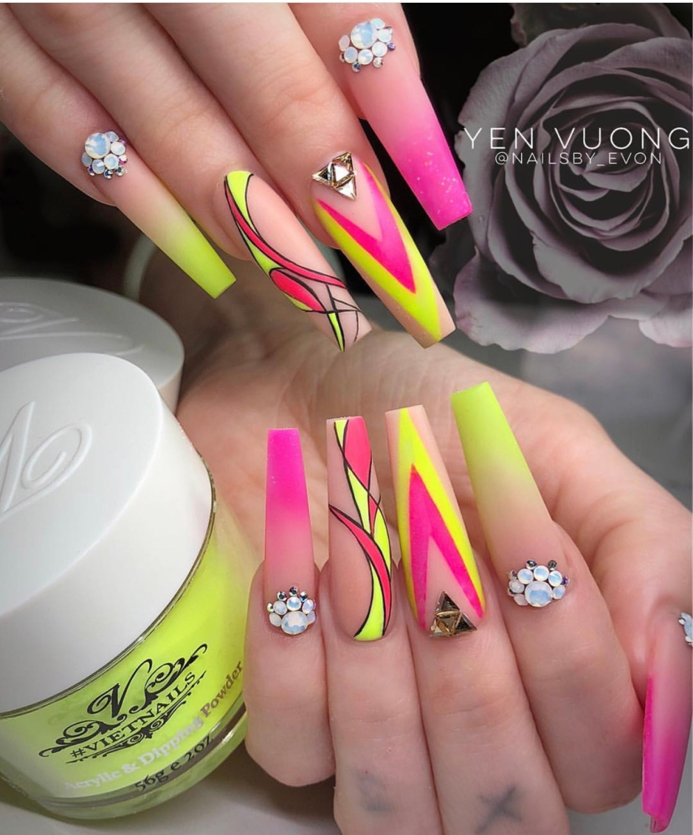 Beautiful Stunning Nails For Every Occasion